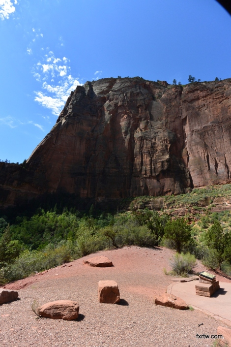 Angels Landing from the river bed